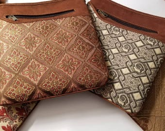 Embossed Print Purse/Purse/Leather Purse/Embossed Purse/Bag/Crossbody Bag/Dainty Purse/Classy Purse/Guatemalan