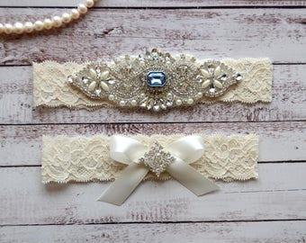 Wedding Garter, NO Slip Lace Wedding Garter Set, bridal garter set, pearl and rhinestone garter set, vintage rhinestones Style A1095