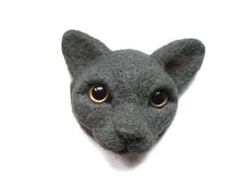 Needle felted cat memorial jewelry Crazy cat lady gift Realistic Felt cat portrait Sculptural felt brooch