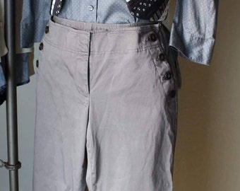 Medium 3 piece outfit in gray