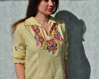 Peasant blouse, peasant top, vintage peasant blouse, embroidered peasant blouse, embroidered blouse, folk blouse, boho peasant blouse