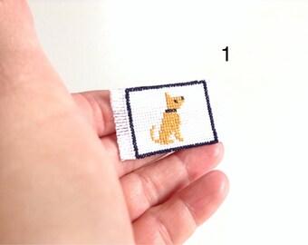 Miniature handmade door mat/wall art with dog, 1/12 scale