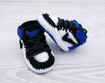 Crochet baby shoes Baby sneakers Baby booties Gift for baby, Crib shoes, New baby, Crochet slippers, Baby slippers, Newborn,