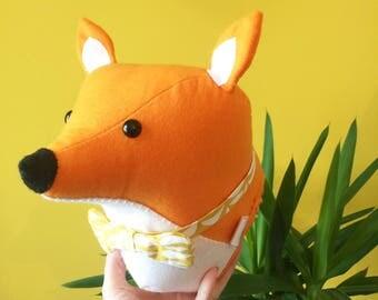 Felt fox, fox head, animal mount, bow tie, woodland nursery, nursery decor, fox animal head, fox gift for kids, fabric animal head