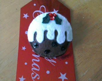 Felt Christmas pudding brooch