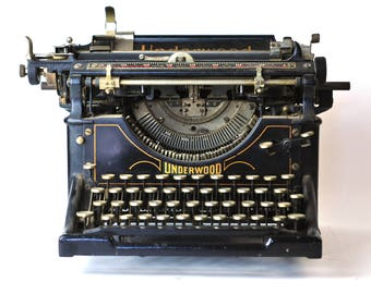 Underwood No. 4 Office Manual typewriter 1917 - 100 Years old