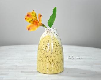 Pottery, Pottery Vase, Pottery Bud Vase, Wheel Thrown Pottery, Wheel Thrown Vase, Gift, Functional, Ceramic, Stoneware, Modern, Handmade