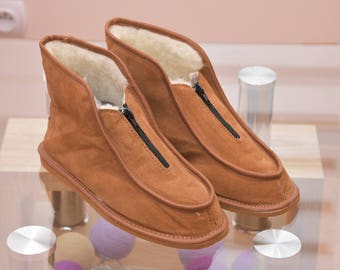 SALE !!! Women's Natural Leather, wool, slippers, shoes, boots, Very light and comfy! Good gift! Genuine. Valentine's Day
