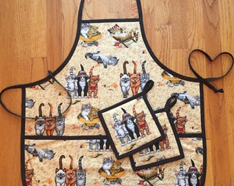 Cute Cats Unique Fabric Apron with Pockets and Two Pot Holders Set