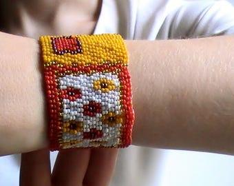 Adjustable bracelet woven seed beads
