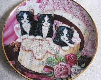 Beautiful collectible-Cats-Franklin Mint-Hide and seek-K. Duncan-Vintage CAT/cats collector plate