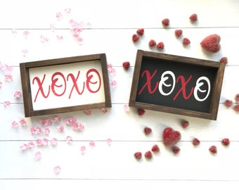 Valentine's XOXO wood sign. Pink or Red Valentines holiday decor. Valentine gift. Farmhouse style. Farmhouse decor. Gallery Wall.