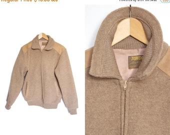 On sale Vintage wool jacket. Tundra jacket. Coat zipper Jacket Hipster. Suede and wool. Size medium.
