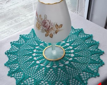 CROCHET LACE DOILY (green)