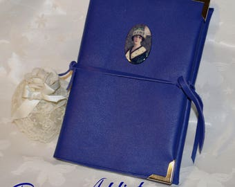 Stunning cabochon portrait and protects Lavender leather diary