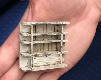 1/48th Wall Unit Shabby Chic complete