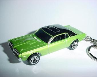 3D 1968 Mercury Cougar custom keychain by Brian Thornton keyring key chain finished in green/black color trim diecast metal body