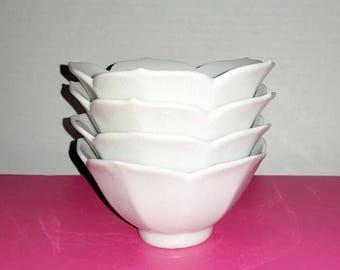 Vintage Lotus Bowls,Set of 4,Lotus Bowls,Rice Bowls,White Lotus,Lotus Flower,Soup Bowls,Dessert Bowls,Shabby Chic,MCM,Japan,1960s