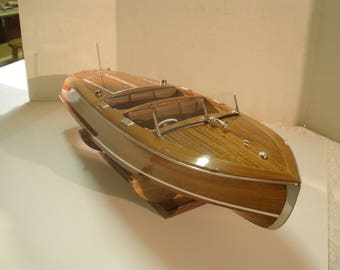 Wooden Model Boat Classic Runabout Mahogany Finish