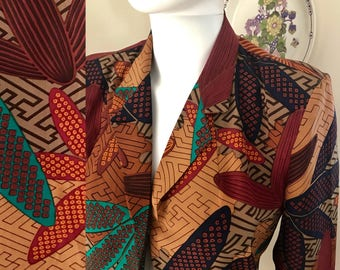 Fabulous 80s pure silk graphic boxy blazer by Sportscraft size 10