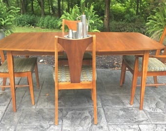 Mid Century Modern Dining Room Table and Four Chairs + Additional leave
