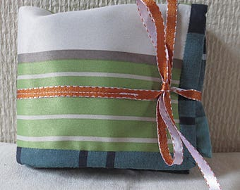 Pouch oils essential striped green, white and taupe/REF PH66