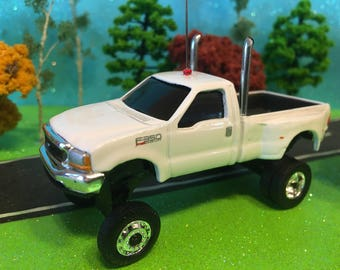 1/64 custom lifted, ford f-350 super duty lariet, maintenance truck, ertl, dual exhaust pipes, big tires