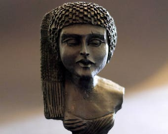 Egyptian Statue | Bust | Girl