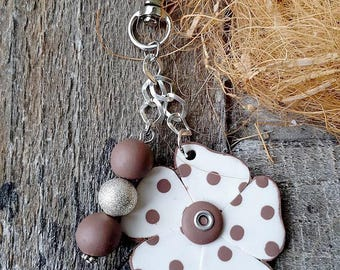 Flower keychain and taupe handmade beads