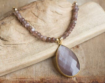 Chocolate Moonstone Necklace, Coffee Moonstone Necklace, Tear Drop Pendant Necklace in Gold, June Birthstone Necklace, Moonstone Jewellery
