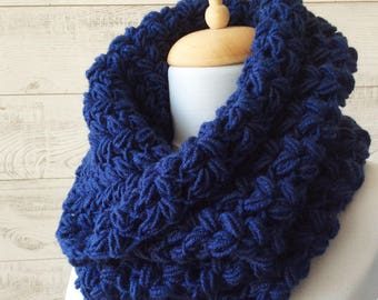 Knit cowl, chunky scarf, knit chunky cowl, navy scarf, fall winter accessories, knit cowl, christmas gifts / Many Colors / FAST  SHIPPING