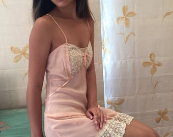 1930s vintage pink silk and alencon lace slip