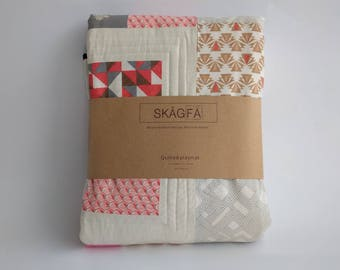 Play mat, Quilted Playmat, baby play mat, patchwork Playmat ,nursery deco , mat, Teepee , Modern Scandinavian design quilting by SKÅGFÄ