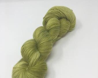 Grellow Study 3 Indie Dyed Yarn on Merino cashmere Nylon MCN  Green tonal