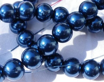 50 10 mm hard Blue Pearl glass beads