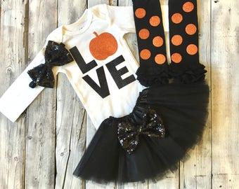 Baby girl halloween outfit, black orange halloween outfit, love halloween , 1st halloween, newborn halloween outfit, first halloween set