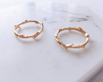 Minimalist Twig Leaf Ring in Gold or Silver