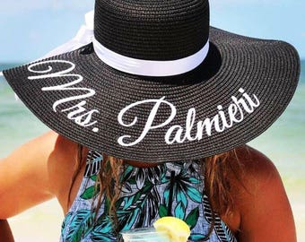Personalized straw hat, Personalized floppy beach hat, Custom straw hat, Embroidered Mrs hat, Honeymoon, Gift for bride, Bridal shower gift