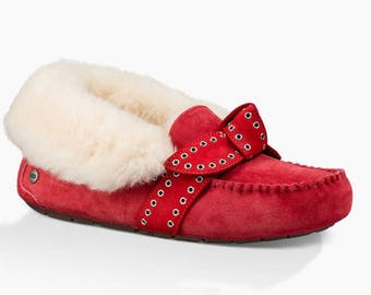 UGG Poler Lipstick RED Suede/Sheepskin women's slippers size US 10