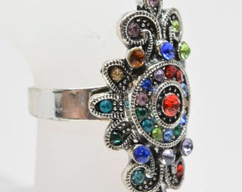 Gorgeous multi color / stone ring