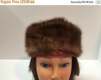 50off Gorgeous vintage dark brown mink fur hat