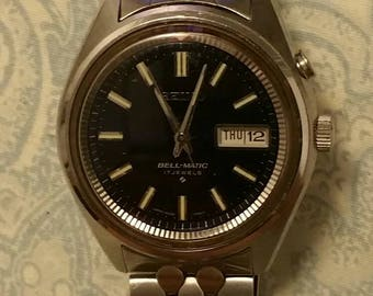 Vintage Seiko automatic #4006-7021 bell-matic 17 jewels watch