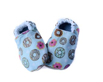 Donuts Baby Shoes -  Crib Shoes - Soft Soled Baby Shoes - Baby Moccasins -  Baby Slippers - Baby Booties - Baby Shower Gift  - Baby Mocs