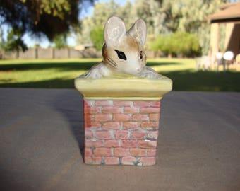 Royal Albert England Tom Thumb Beatrix Potter Mouse In Chimney