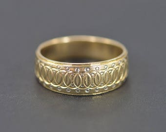 14k Engraved Interlocked Circles Ring Gold