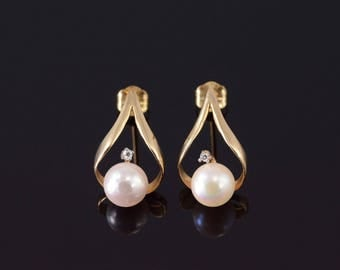 14k Pearl Teardrop Cubic Zirconia Accent Post Back Earrings Gold