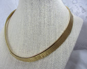 Vintage Napier Gold Tone Structured Prong Link Choker/Necklace
