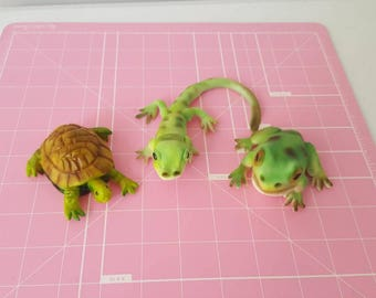 Set of 3 Realistic Edible Reptile Cake Toppers.