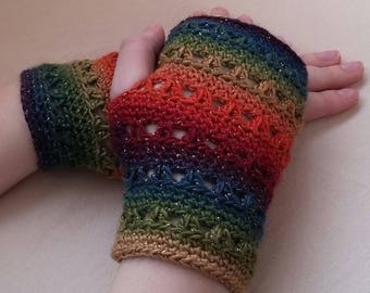 Short Fingerless Gloves