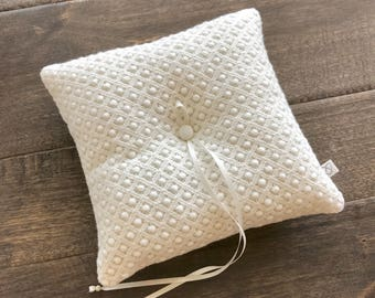 Hand made cotton lace ring pillow